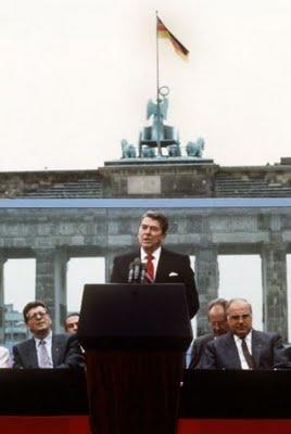 reagan berlin wall